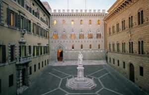 Siena_Palazzo-Salimbeni